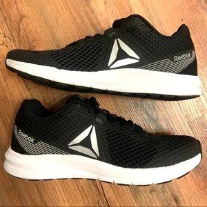 Women's Reebok Endless Road running shoe NWOT💯